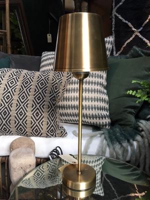 Faye lampa