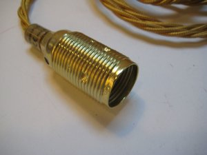 Guld sladd mässingsfattning E14
